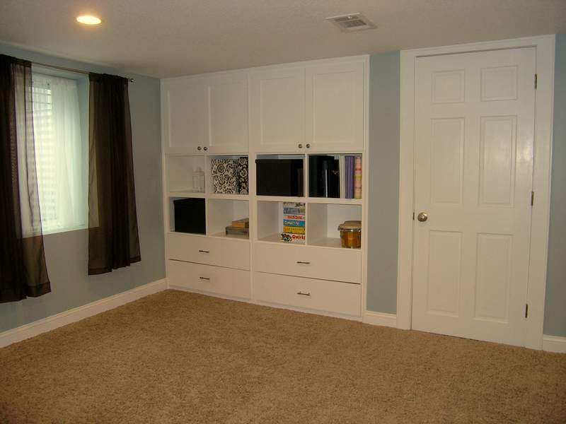 If you are looking for more living space in a South  : l basement built ins from tchousetohome.wordpress.com size 800 x 600 jpeg 40kB